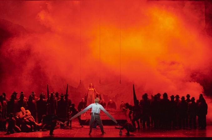 La Damnation de Faust: Florian Boesch (Méphistophélès), Charles Castronovo (Faust), Magdalena Kožená (Marguerite), Mitglieder des Staatsopernchors, Tänzer
