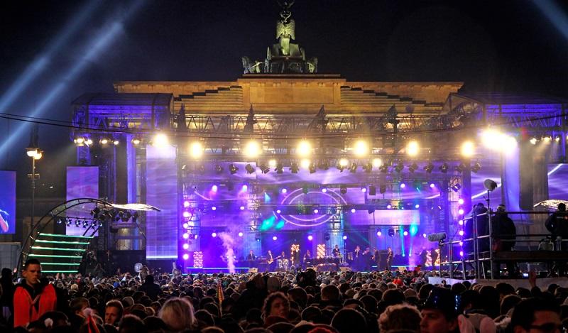 Die Hauptstadt Deutschlands zieht nicht ohne Grund Touristen magisch an. (#02)
