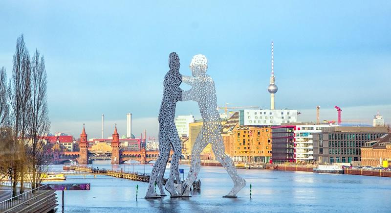 """Neben den genannten Locations sind in """"Berlin – Tag und Nacht"""" auch verschiedene Sehenswürdigkeiten zu sehen, die wir zwar alle kennen, die hier aber der Vollständigkeit halber noch einmal genannt werden sollen. (#04)"""