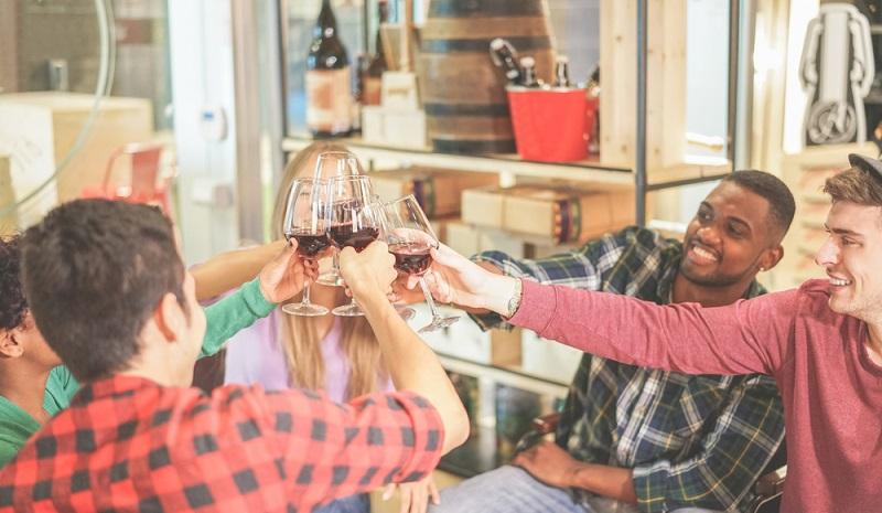 Auch in der Hauptstadt der StartUps schätzt man ein gutes Glas Rotwein. (#1)
