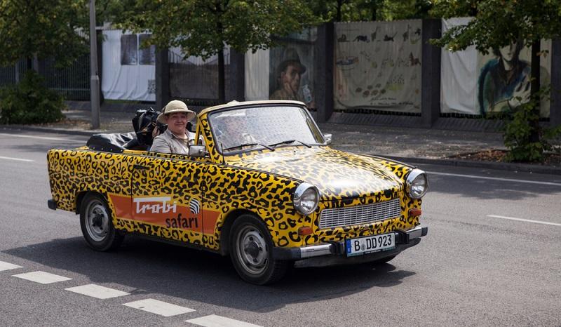 Der früher unbeliebte Trabant hat wie das Sandmännchen der DDR längst Kultstatus erreicht. (#1)