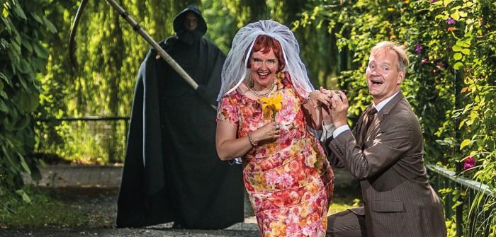 """Improvisationstheater in Berlin: 3 Geheimtipps! Hier im Bild: """"Kriminal-Dinner: Die Profiler"""" des Improtheater Paternoster"""