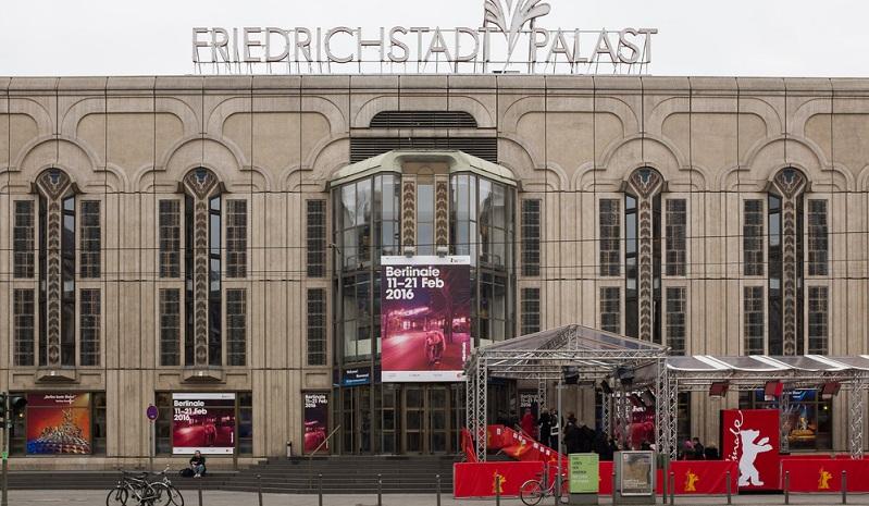 Der Friedrichstadt-Palast ist Europas größtes Revue-Theater und begeistert Zuschauer aus aller Welt mit spektakulären Shows und dem legendären Fernseh-Ballett.