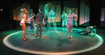 Vorhang auf! Theater für Kinder in Berlin: das ATZE Berlin und das GRIPS