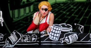 """Maxim Gorki Theater in Berlin spielt: """"Alles Schwindel"""""""