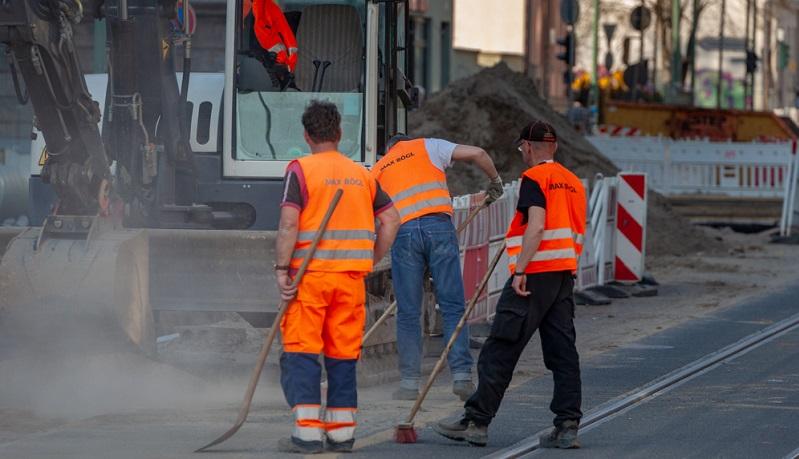 Nicht nur die Straßenreinigung, sondern die komplette Müllentsorgung kostet Geld. Dabei hat die Berliner Stadtreinigung vor allem in Neukölln inzwischen einige Hot Spots ausgemacht, an denen das Müllproblem besonders gravierend ist.