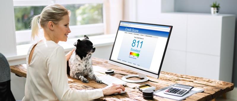 Versicherungen lieben eine hohe Kreditwürdigkeit, denn auch sie wollen sicher sein, dass sie die vereinbarten Prämien fristgerecht erhalten. (Foto: Shutterstock-Andrey_Popov )